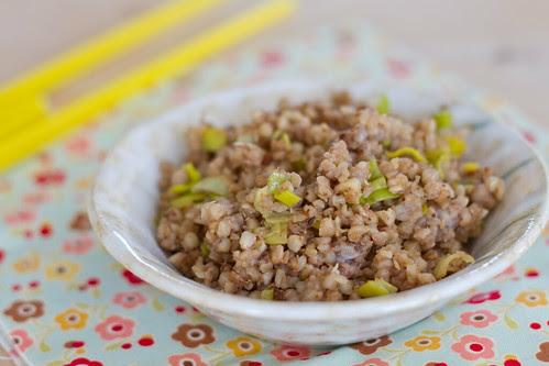 Tatar porru ja sojaga / Buckwheat groats with leeks and soy sauce