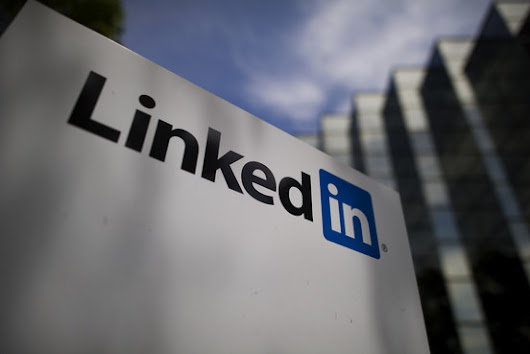 LinkedIn Tries College Rankings