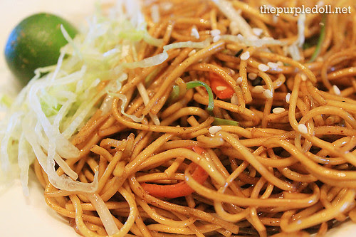 Fried Noodles in Soya Sauce
