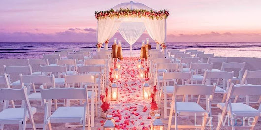 5 Reasons to Have a Sunset Destination Wedding | Liz Moore Weddings