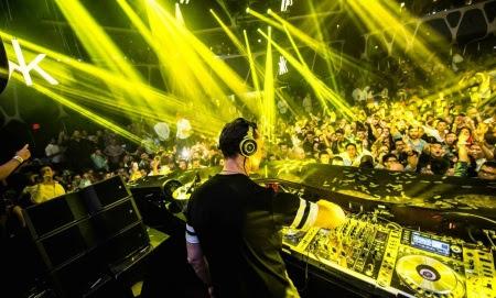 DJ Tiesto Club Life 372