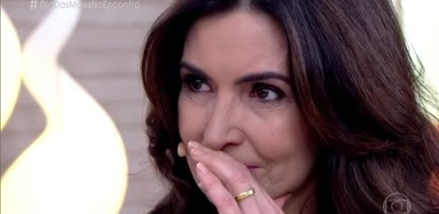 """Fátima Bernardes se emociona no """"Encontro"""" com mensagem dos trigêmeos"""