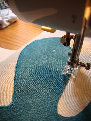 using a zig zag stitch with small stitch length