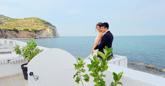 Wedding in an elegant hotel by Adriatic sea - Gargano in Apulia is simplicity and tradition