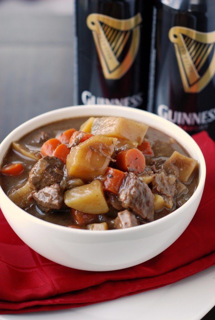 http://www.blissfullydelicious.com/wp-content/uploads/2011/11/guiness-stew-687x1024.jpg