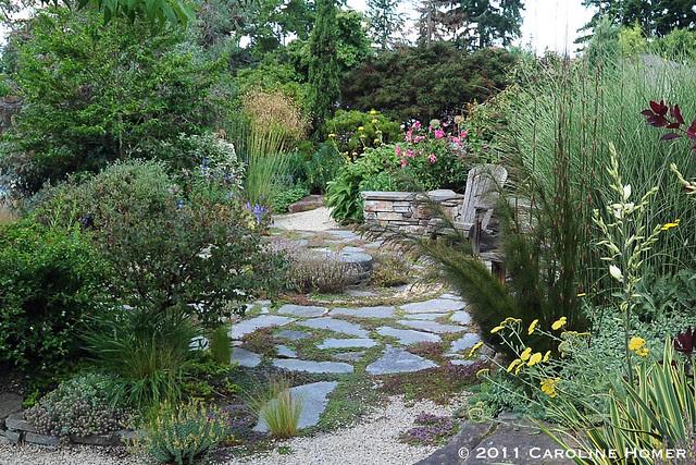 Mediterranean-style gravel garden