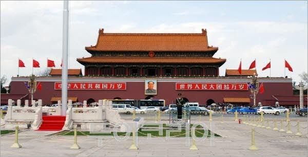 중국 역사의 중심 '톈안먼(天安門) 광장'
