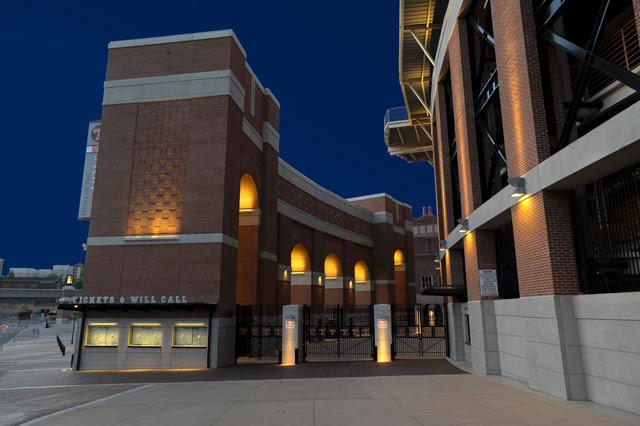 Advantus - University of Tennessee Neyland Stadium | Visa Lighting