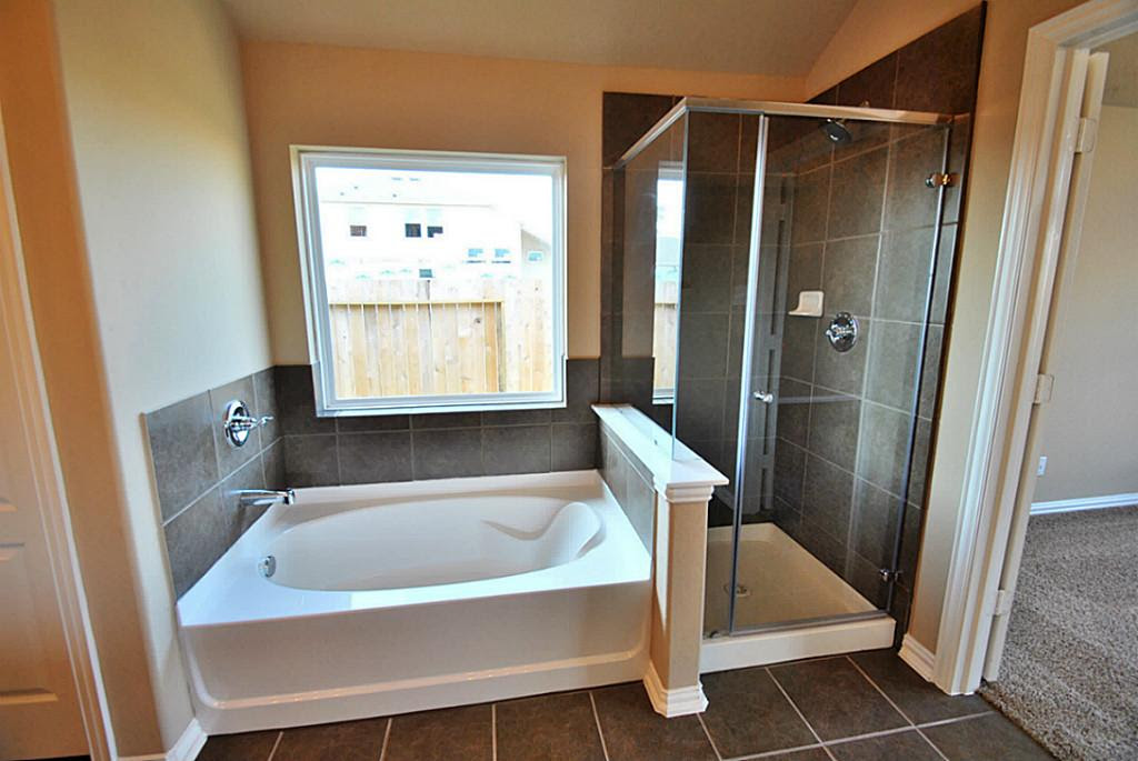How To Create A Great Bathroom Floor Plan - My Green Home Blog