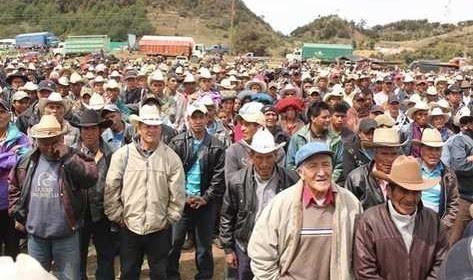 """""""Los milicianos"""" afirmaron que son miles y pretenden hacer una marcha hasta la ciudad capital y realizar bloqueo de carreteras. Foto: Prensa Libre."""