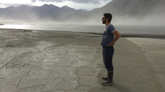 A glacial river has a dramatic change of course in Yukon's Kluane Park
