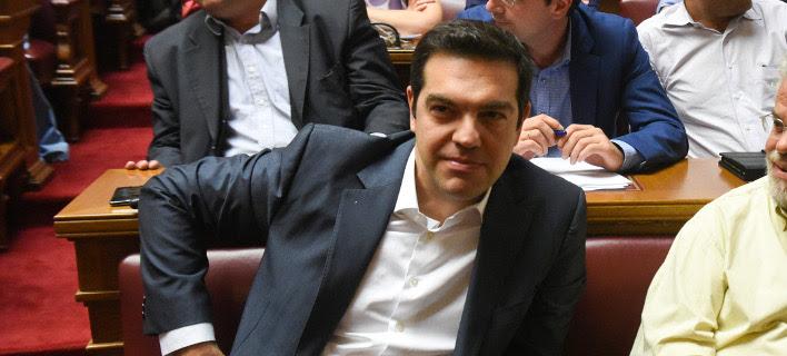 Τελεσίγραφο Τσίπρα: Ή ψηφίζετε ή αύριο δεν θα είμαι πρωθυπουργός