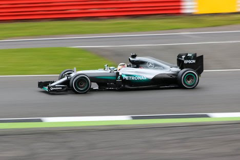 Lewis Hamilton gives new Mercedes W08 first laps at Silverstone