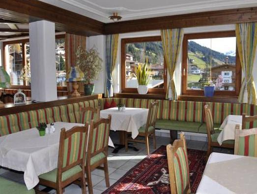 Review Hotel Garni Jagdhof