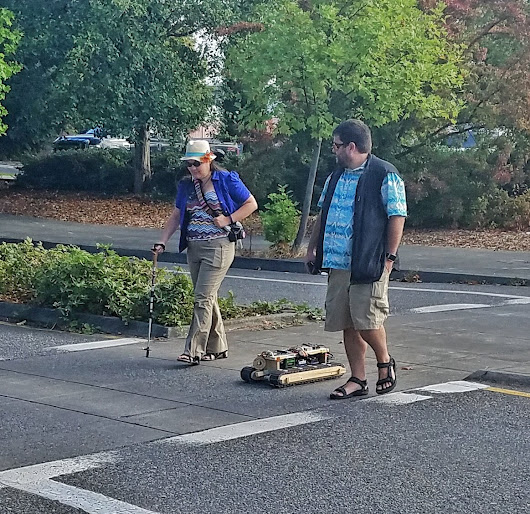 "Pete Soloway on Twitter: ""Just a couple inventors out walking their robot. #omsi #makerfairepdx """