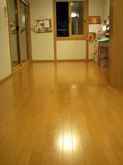 大掃除ワックスかけてキレイな床