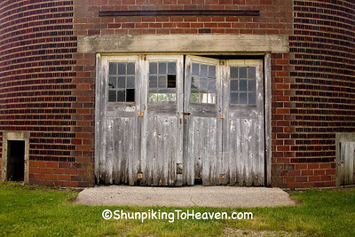 Doors on Tile Corn Crib, Clay County, Iowa