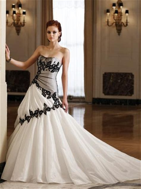 Non Traditional Wedding Dresses: Dress Ideas for the Non