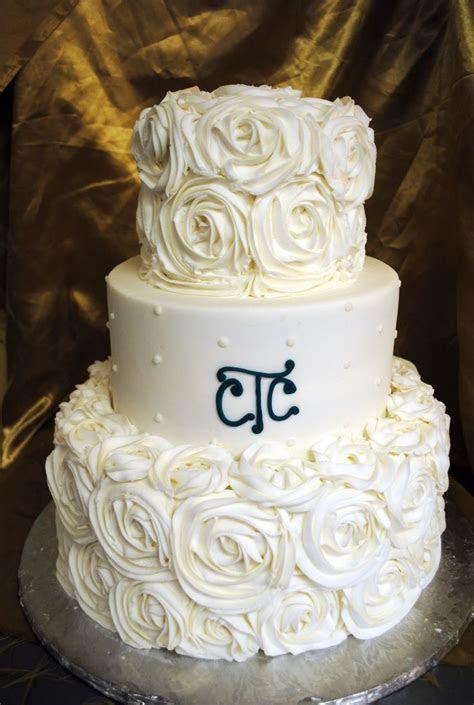 Best 25  Rosette wedding cakes ideas on Pinterest