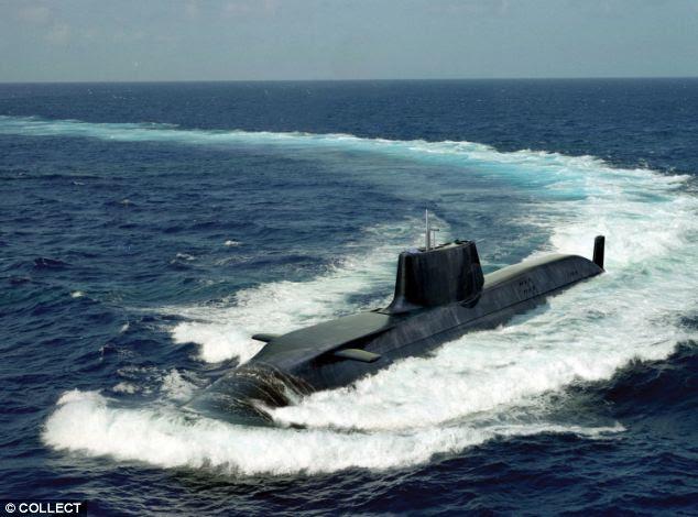 Impedimento?  Submarino nuclear HMS Trafalgar participando de um exercício.  Lord West disse que o envio de uma para a Ilha Falkland diria Argentina Grã-Bretanha foi a sério a sua defesa