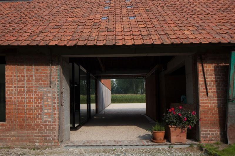 http://www.homedsgn.com/2013/12/08/the-barn-by-pascal-françois ...