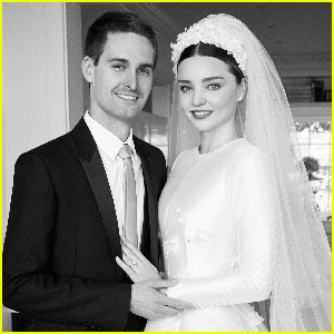 Miranda Kerr & Evan Spiegel Pose in Wedding Photos for 'Vogue'