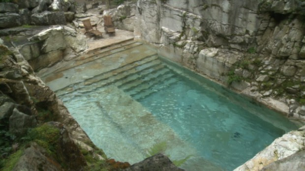 Swim in a luxurious quarry-turned-pool - Video - Personal Finance