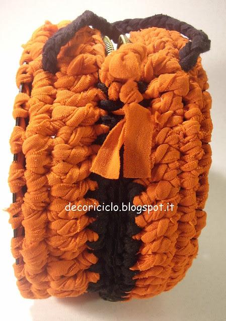 borsa 45 giri con fettuccia da canotta arancione 4