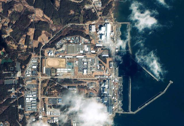 Central de Fukushima en una imagen facilitada por GeoEye. | AP