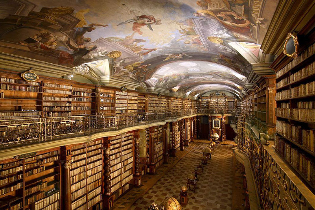 A mais bela biblioteca do mundo fica em Praga 01
