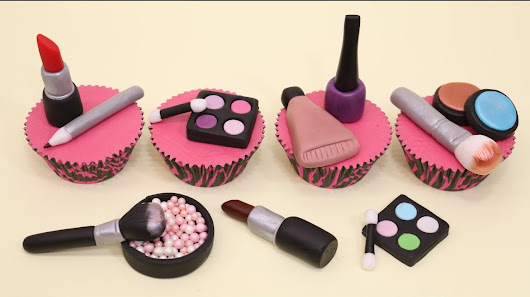 Image: Makeup Cupcakes- Cake Toppers/Cupcakes de Maquillaje! - YouTube