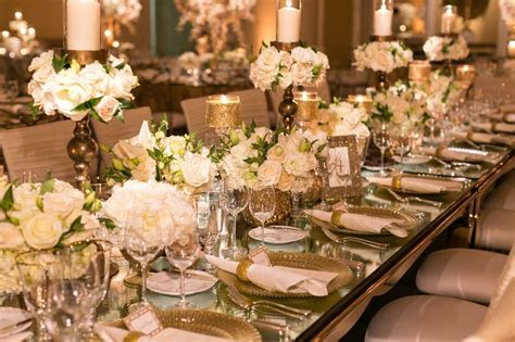 Reception Décor Photos   Mirror Top Table with Gold Décor