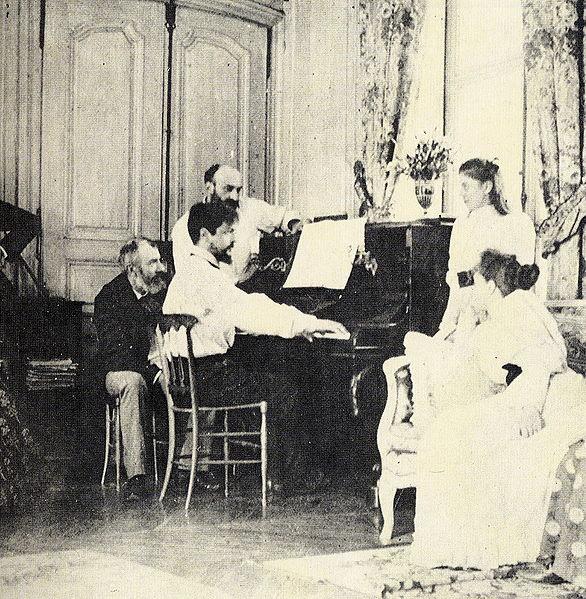 http://upload.wikimedia.org/wikipedia/commons/thumb/4/40/Debussy_1893.jpg/586px-Debussy_1893.jpg