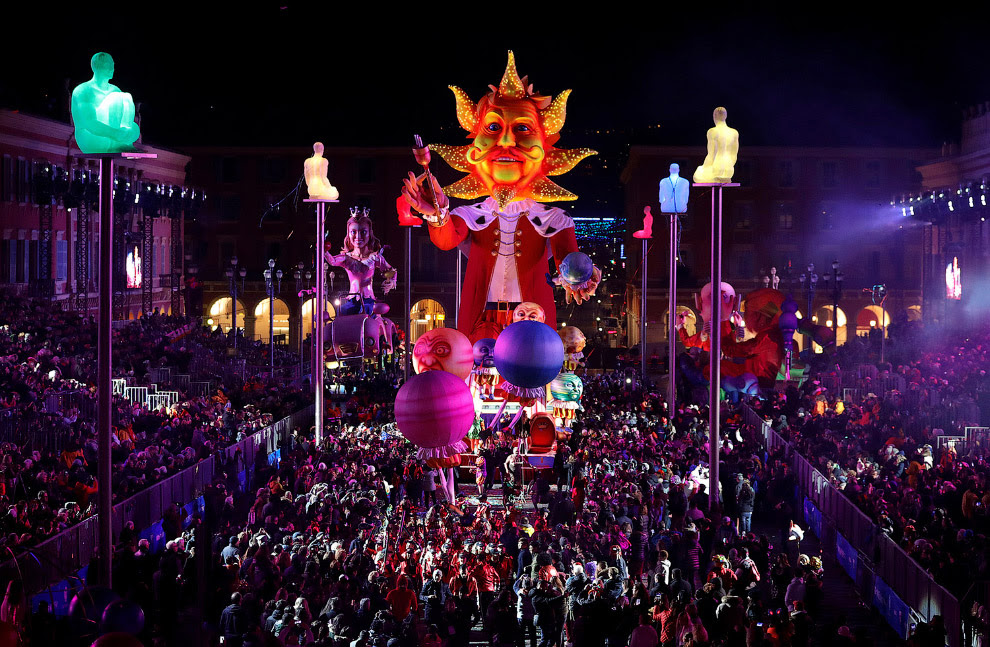 Масштабный карнавал в Ницце, Франция
