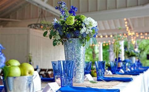 Cobalt blue details and decor paired with burlap