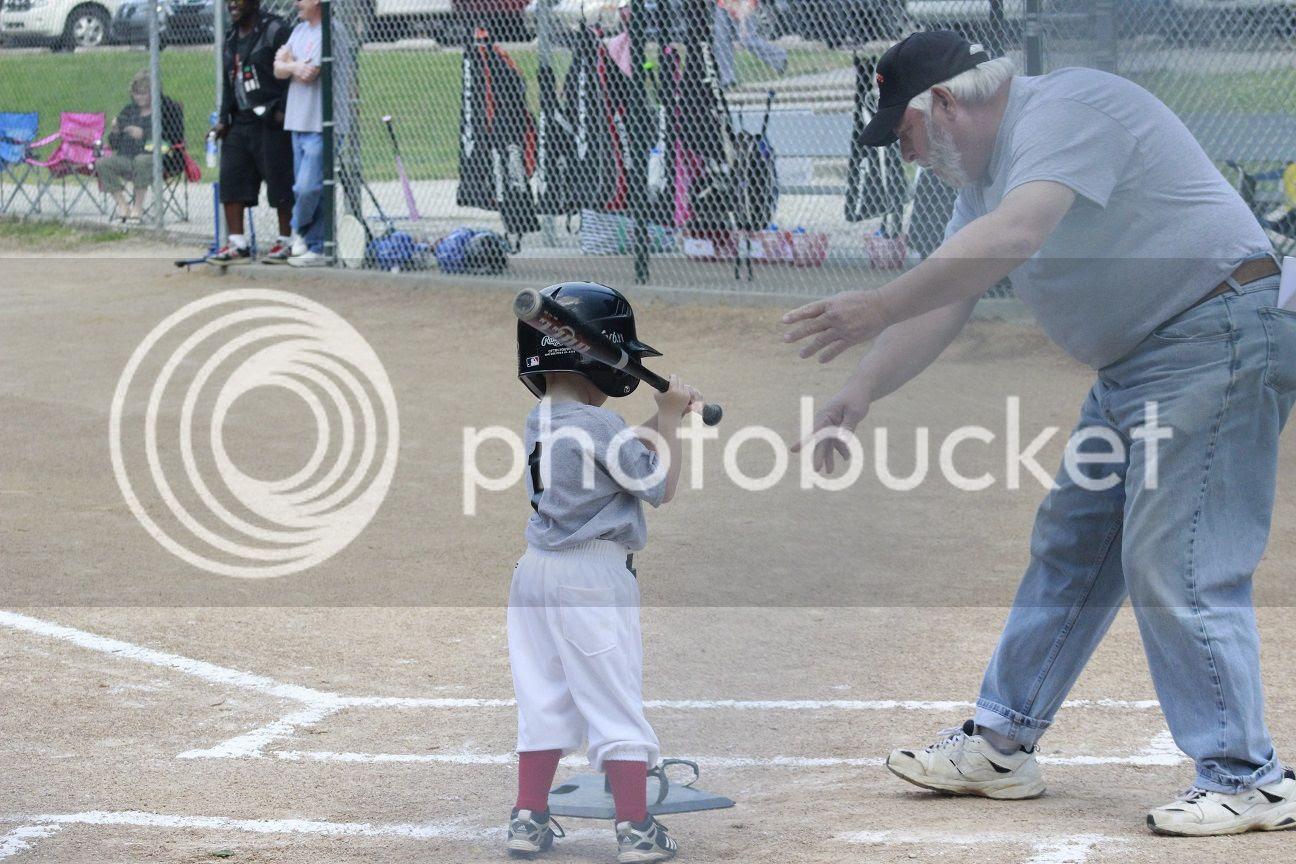 photo baseball18_zpsxeglamhg.jpg