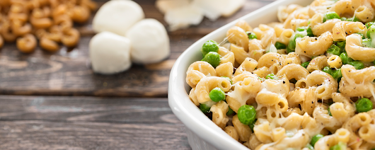 Mac 'n Cheese with Peas