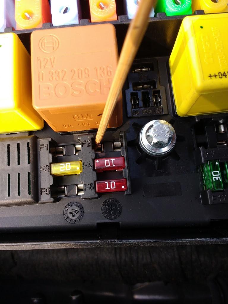 Fuse Box For 2003 Saab 9 3