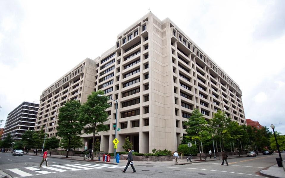 Το ραντεβού της προηγούμενης εβδομάδας, στην έδρα του ΔΝΤ στην Ουάσιγκτον μεταξύ του Ταμείου και εκπροσώπων των επενδυτών ήταν αποκαλυπτικό και με μεγάλη ένταση.