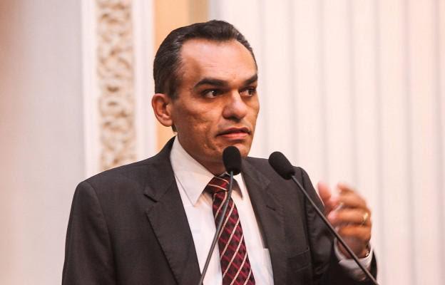 Odacy Amorim (PT) vai deixar o comando da comissão para se dedicar à campanha e à Frente Parlamentar. Foto: reprodução do Facebook