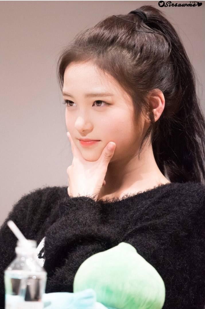 누군지는 모르지만 이쁘게 생겨서 저장한 신인 여자아이돌.jpg | 인스티즈