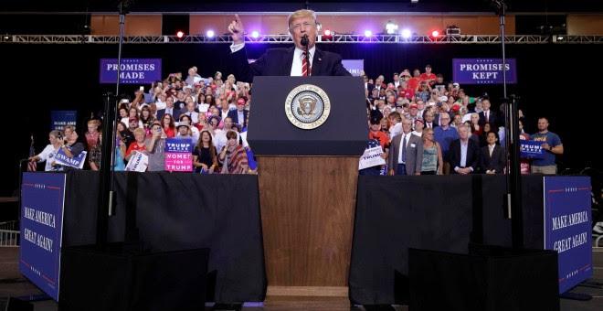El presidente de Estados Unidos, Donald Trump, hablando el pasado martes, 22 de agosto, en el mitin en Phoenix, Arizona. REUTERS/Joshua Roberts