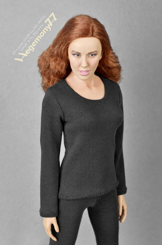 1/6th scale black long sleeve T-shirt for female by Hegemony77com