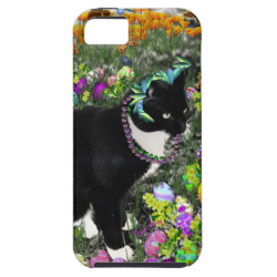 Freckles, Tux Cat, in the Hunt for Easter Eggs iPhone 5 Covers