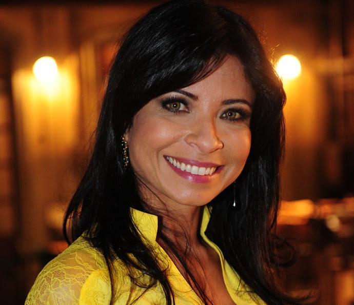 Anna Lima é uma das atrizes que fazem terapia capilar com Alexandra Gonçalves (Foto: João Cotta/TV Globo)