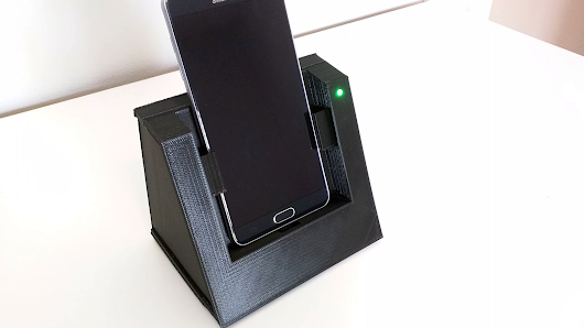 The Autodock- an automatic phone dock