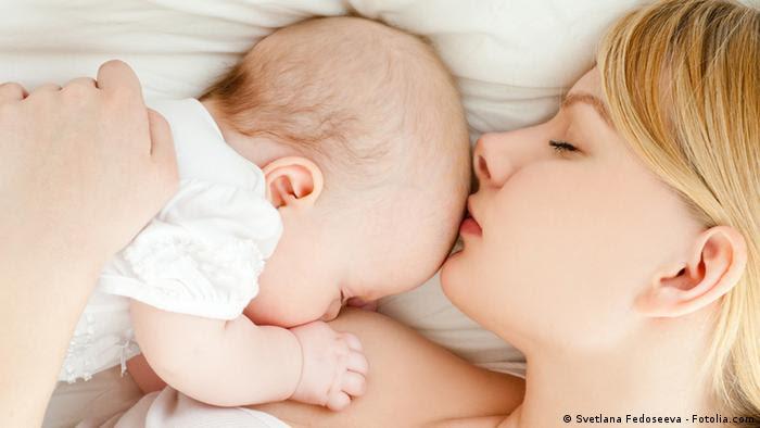 Symbolbild Stillen Muttermilch
