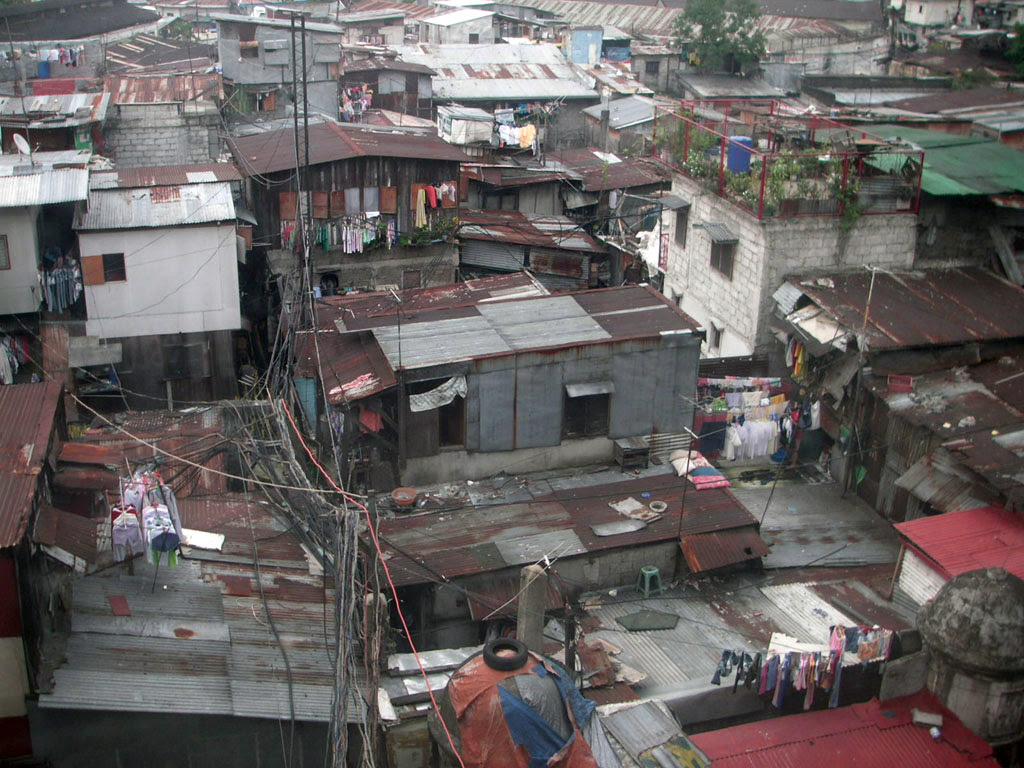 http://upload.wikimedia.org/wikipedia/commons/1/19/Manila_shanty.jpg