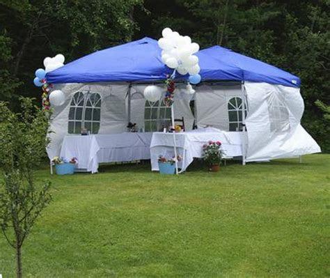 Backyard Party Decorating Ideas   LoveToKnow