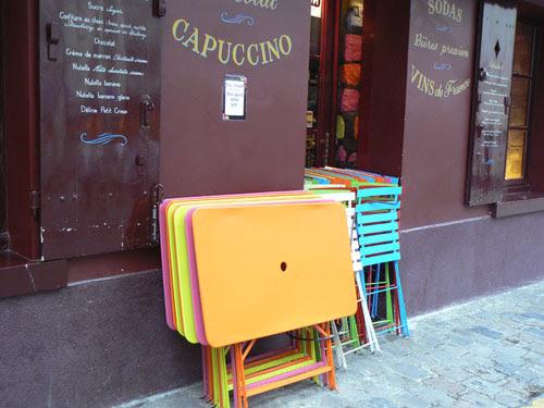 tables colorées.jpg